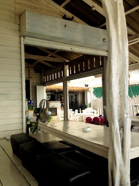 Whitening Restaurant